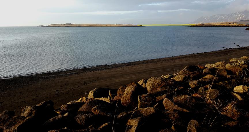 Göngu- og hjólabrú út í Viðey.