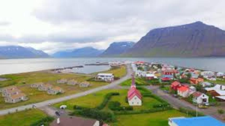 Flateyri ætti að lýsa yfir sjálfstæði!