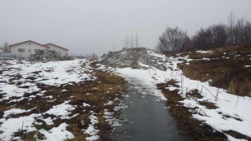 Færa snjósöfnunarsvæði við Eyvindará