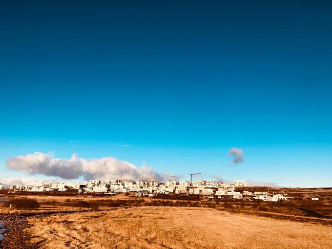 Ruslatunnur við gönguleiðir í Urriðaholti
