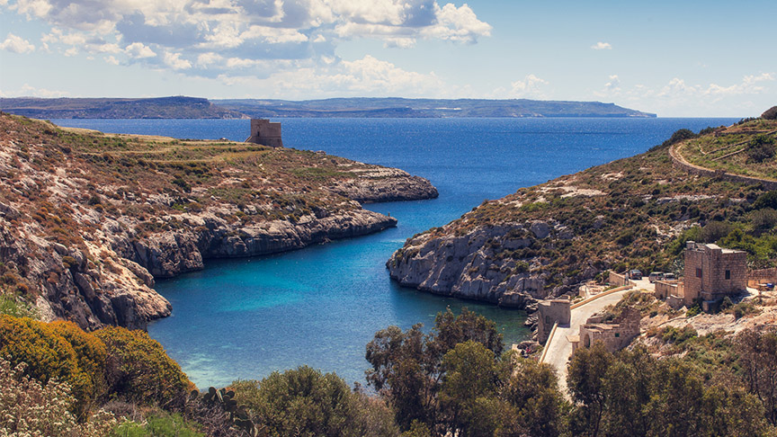 Start work on permanent link between Malta & Gozo at once