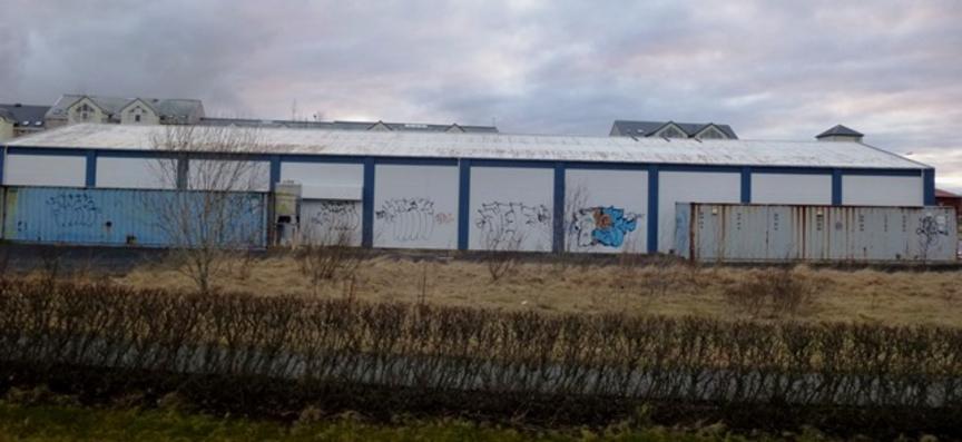 Iðnaðarhús í miðbænum