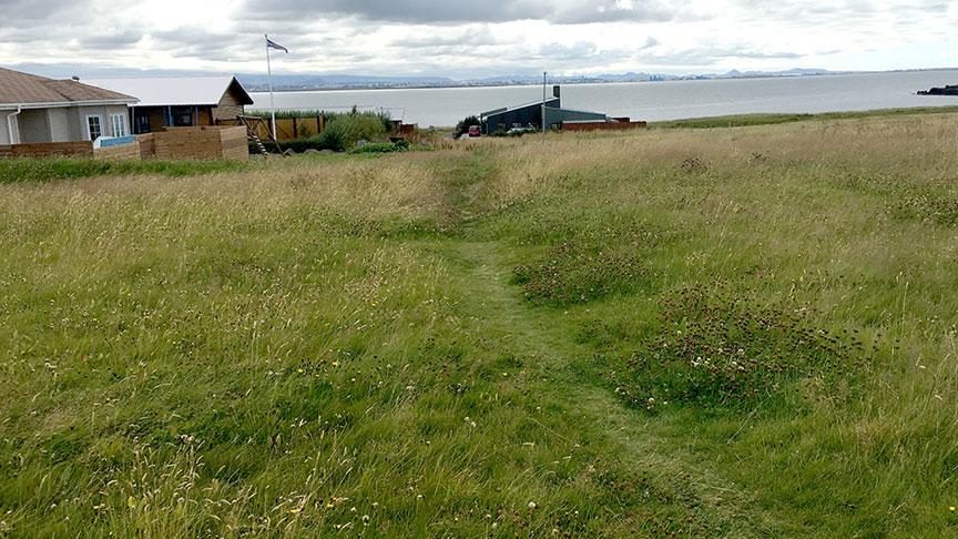 Göngustígur frá Jörfagrund að Búagrund.