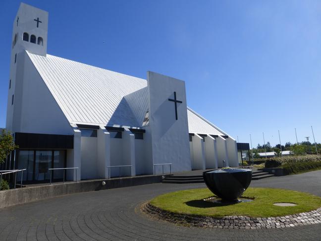 Bekki við kirkjutorg