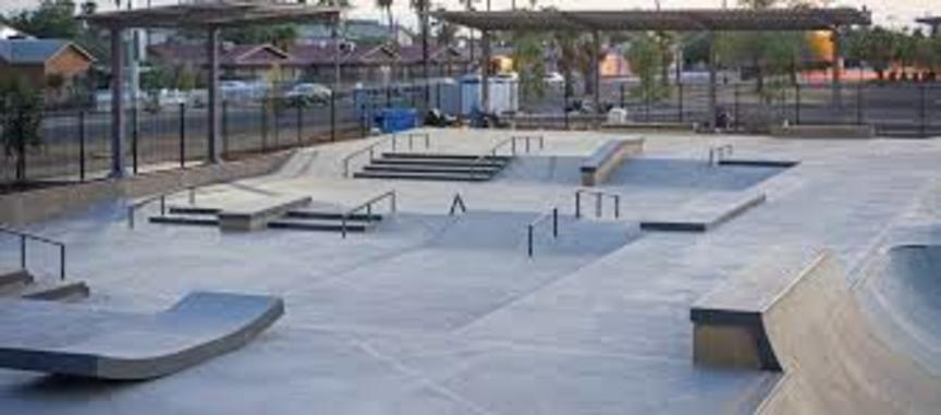 Skatepark (hlaupahjóla, hjólabretta og bmx leiksvæði)