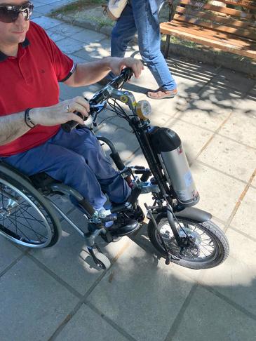 Scooter για τα αναπηρικά καροτσάκια για περισσότερο χρόνο