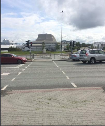 Göngubrú eða undirgöng milli Hlíða og Háaleitis/Kringlu