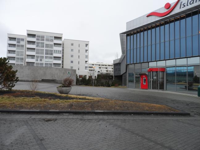 Örugg hjólageymsla við strætómiðstöðina í Hamraborg