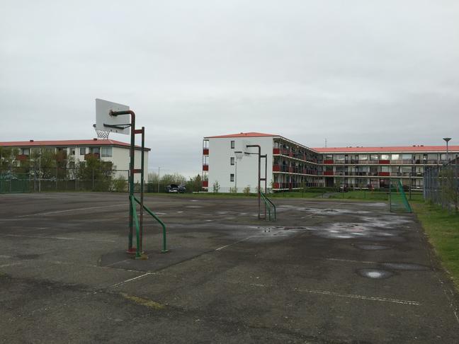 Íþrótta - og leikjaparadís við Dvergabakka og Blöndubakka