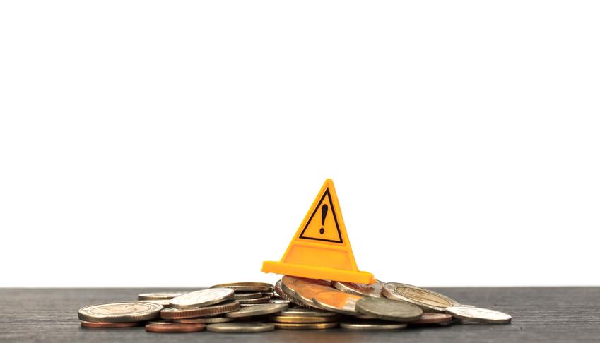 Påstand: Skriftlig advarsel ved kjøp/eierskap aktive fond