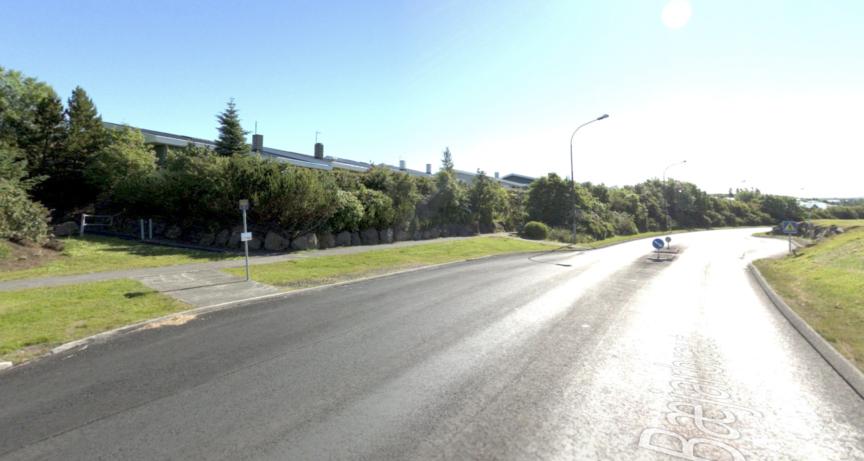 Strætóskýli við Bæjarbraut