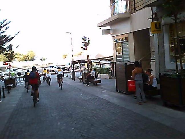 Allow cyclists down Bisazza Street