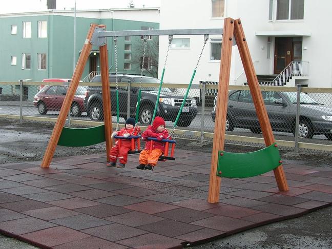Bætt leikaðstaða á leikskólanum Fífusölum