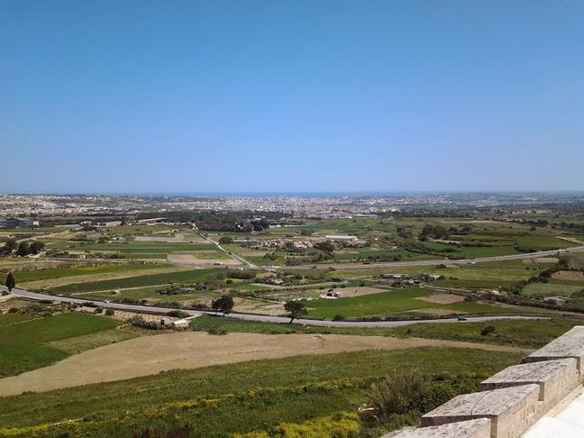 Biedja - Ilma għat tisqija