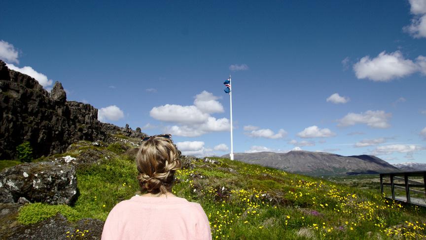 Tengjum kosningarrétt til Alþingis við lögheimili