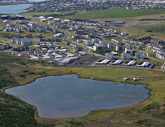 Laga göngustíg við Reynisvatn