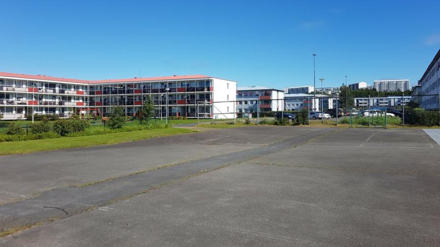 Opið svæði við Dverga- og Blöndubakka