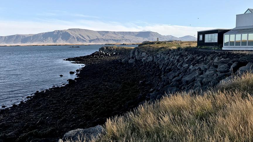 Laga grjóthleðslu og bæta aðgengi að fjöru á Laugarnestanga