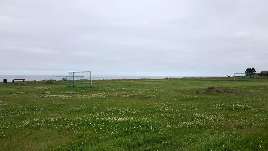 bæta fótboltavelli í Skerjafirði