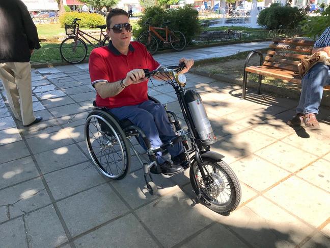 Περισσότερα Ηλεκτρικά σκούτερ για αναπηρικά αμαξίδια