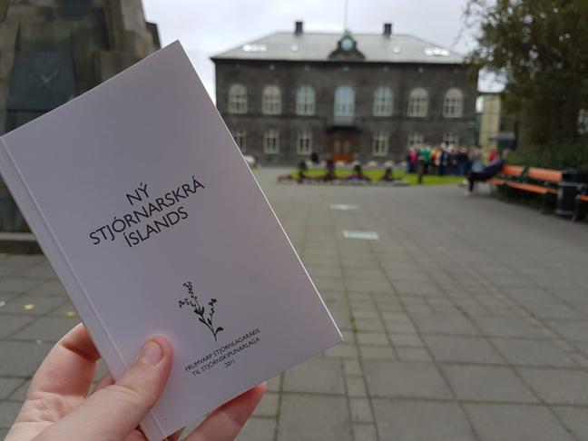 Samþykkjum 34 og 33. grein stjórnlagaráðs