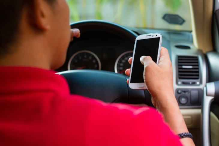 Increase Distracted Driving fine to €1000
