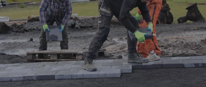 Viðhald stíga og gatna í Suðurhlíðum