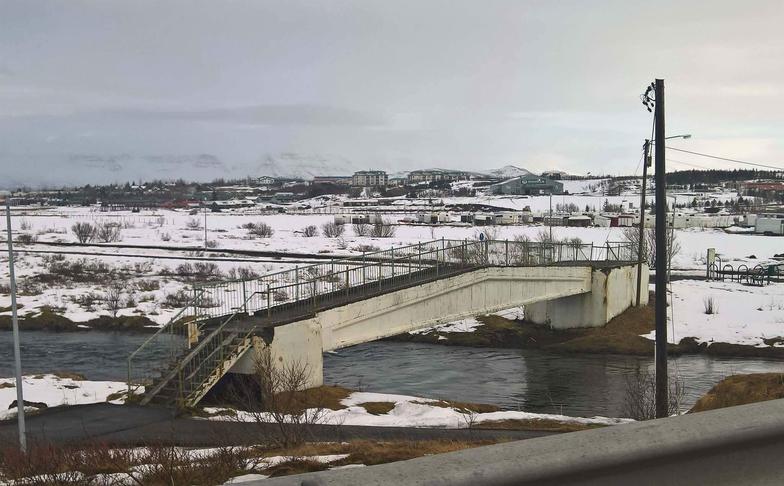 Ný göngubrú yfir Elliðaár við Breiðholtsbraut