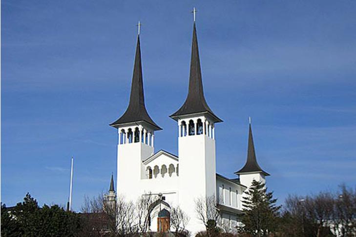 Lægri og fátíðari hringingar í Háteigskirkju