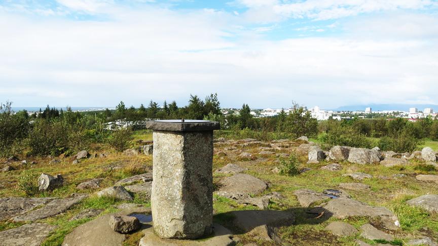 Bærinn leysi til sín eignina að Furugrund 3.